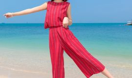 Jumpsuit thời trang đi biển