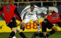 """SAO Barca """"khóa tịt"""" Ronaldo & Henry, suýt về MU"""